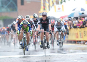 Brett Lancaster wins Amgen Tour of California stage 2