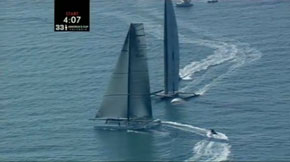 Alinghi can't cross BMW Oracle at the start of the first race