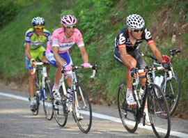 Carlos Sastre wins stage 12 of the Giro and takes the overall lead