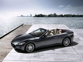 Maserati GranCabrio - a four-seat convertible which melts the eyeballs