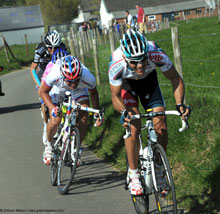 Phillipe Gilbert sprints away from the field to win the Amstel Gold classic