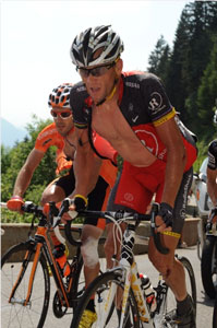 Lance Armstrong crashed three times and then cracked, losing 12 min on GC and blowing his chances to win