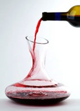 Wine 101: what is decanting?