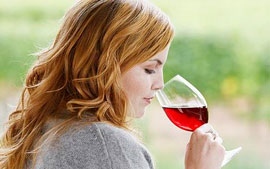 Red red wine - boosts a woman's sexual desire?