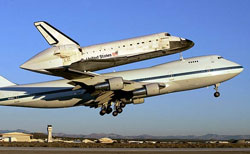 shuttle piggybacks on 747