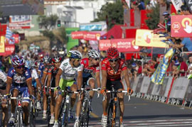 Igor Anton leads Vuelta a Espana after 9 stages