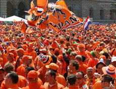 Dutch fans celebrate in Bern